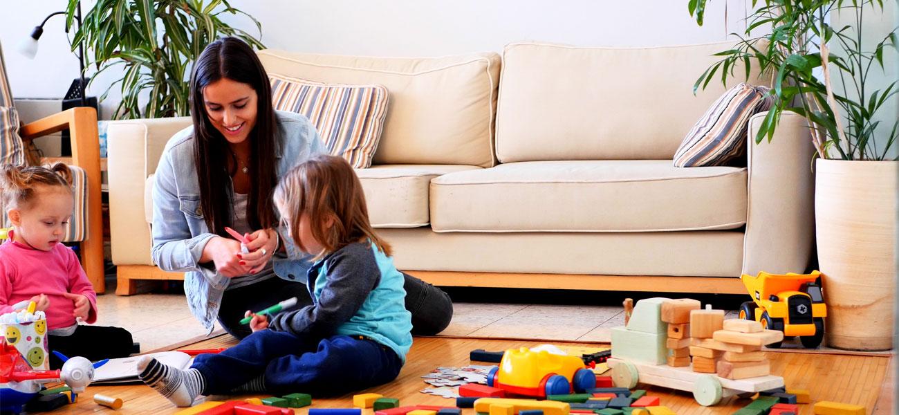 Trouver une baby-sitter rapidement? Facile avec BABYSITS!