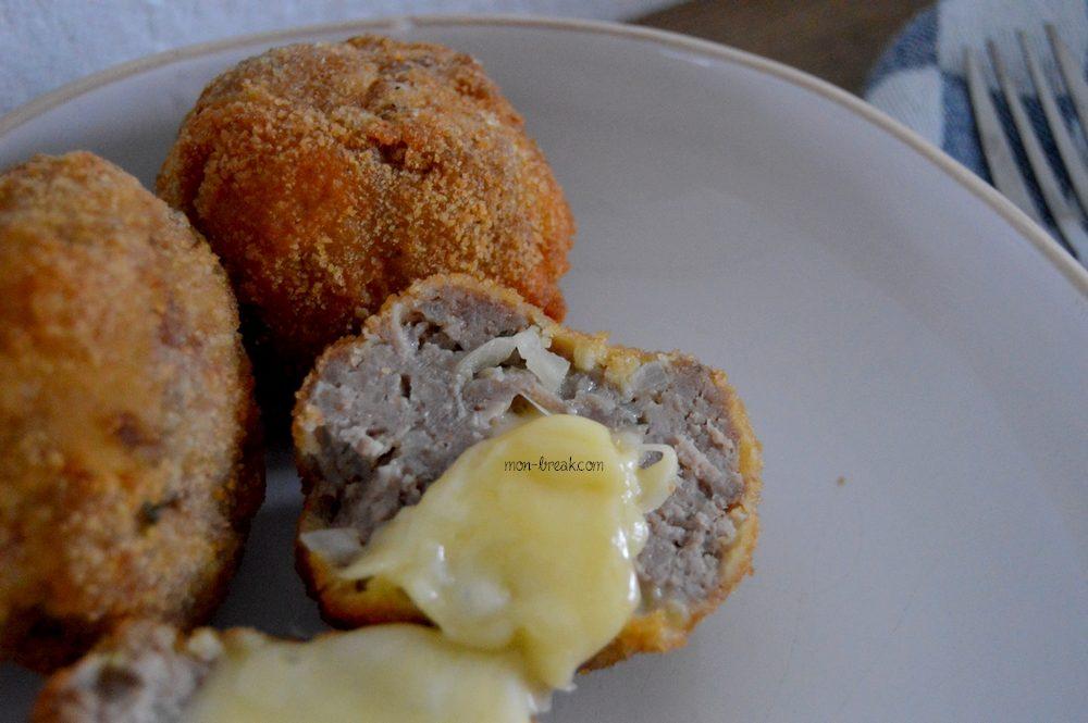 Boulettes de viande farcies au fromage à raclette